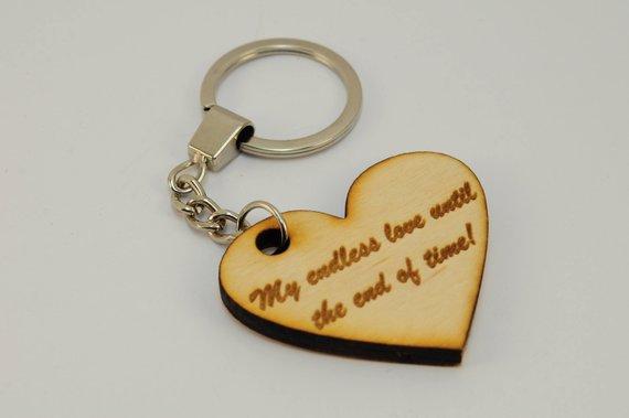 Creative Wooden Carved Mama Bear Key Chain Key Ring Key Holder Family Gift