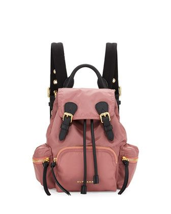 Burberry Sac à Dos Medium Rucksack en Nylon Mauve Rose SpGIT4y25