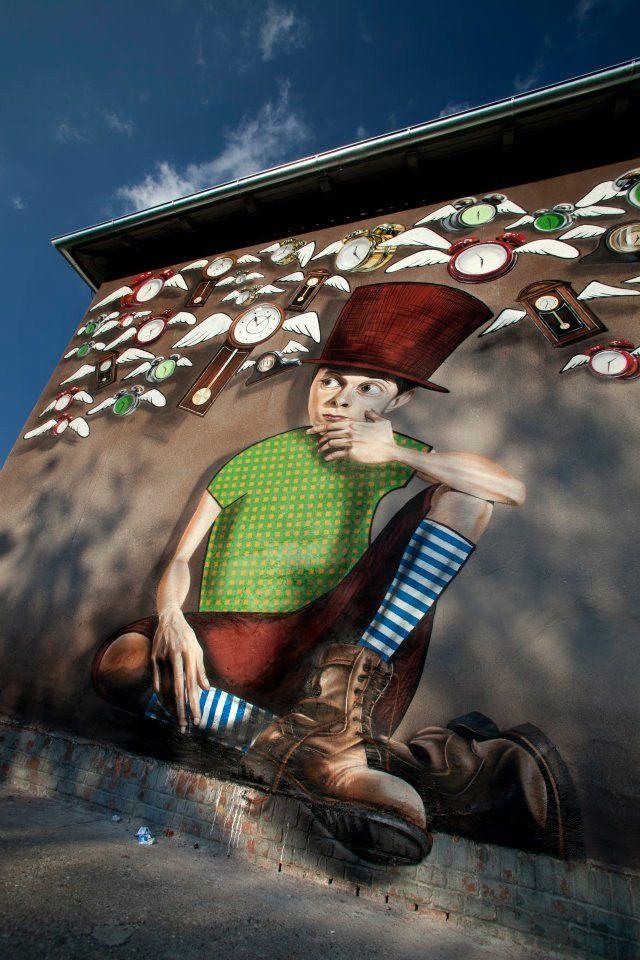 Lonac Time Catcher Vol Ii New Mural In Zagreb Croatia Murals Street Art Street Art Street Artists