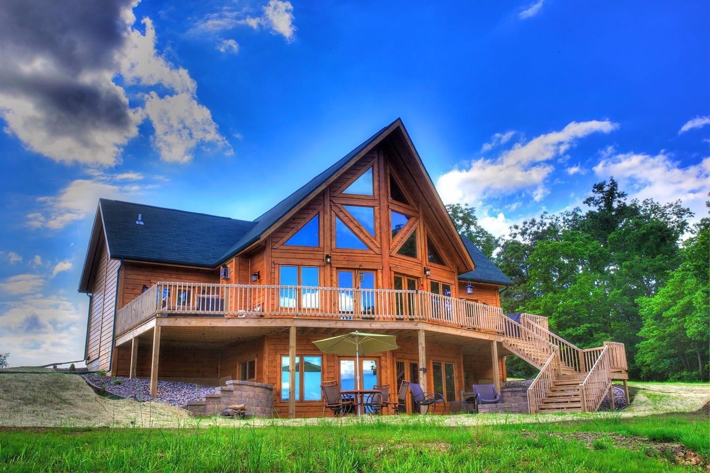 Another Home From Our Classic Series Beautiful And Highly Energy Efficient Easy Installation Too More At Www House In The Woods Log Homes Building A House