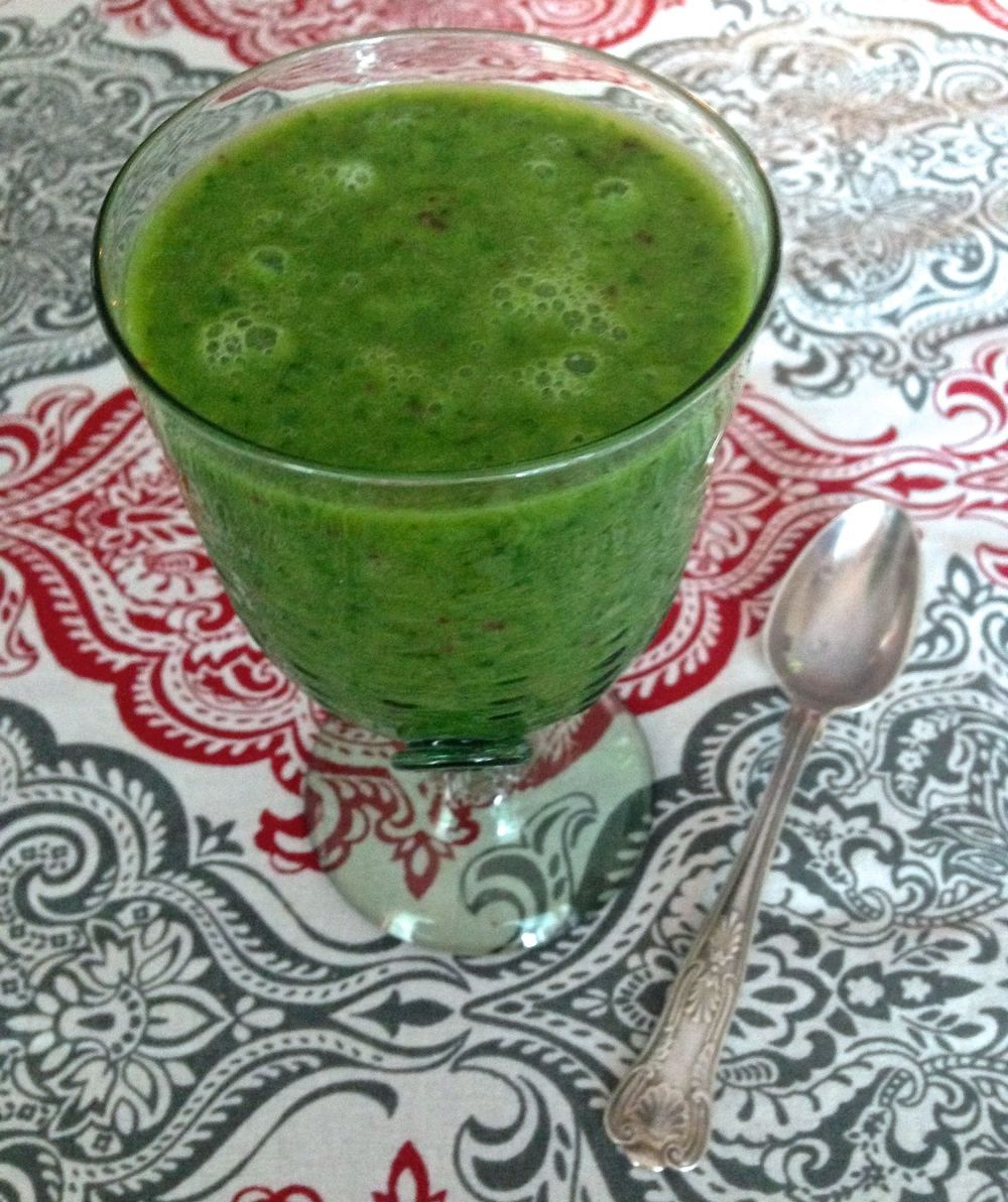 Creamy kale smoothie with ginger and lemon Ginger
