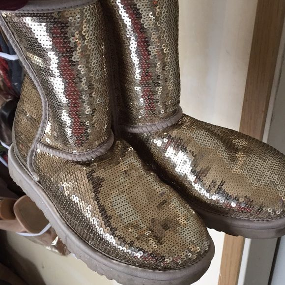 Ugg gold silver sequin low cut boots Super cute and cozy ugg boots with sequin.