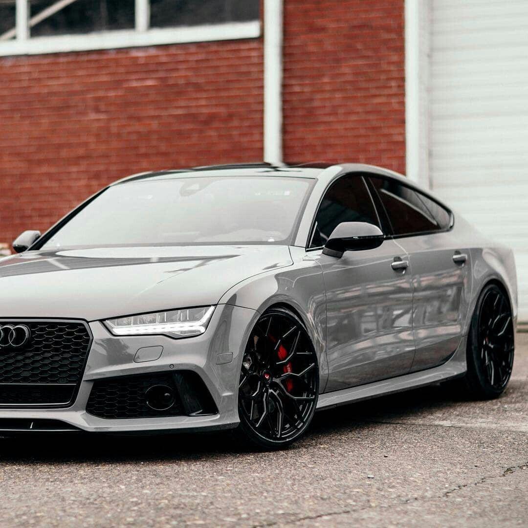 Audi R's