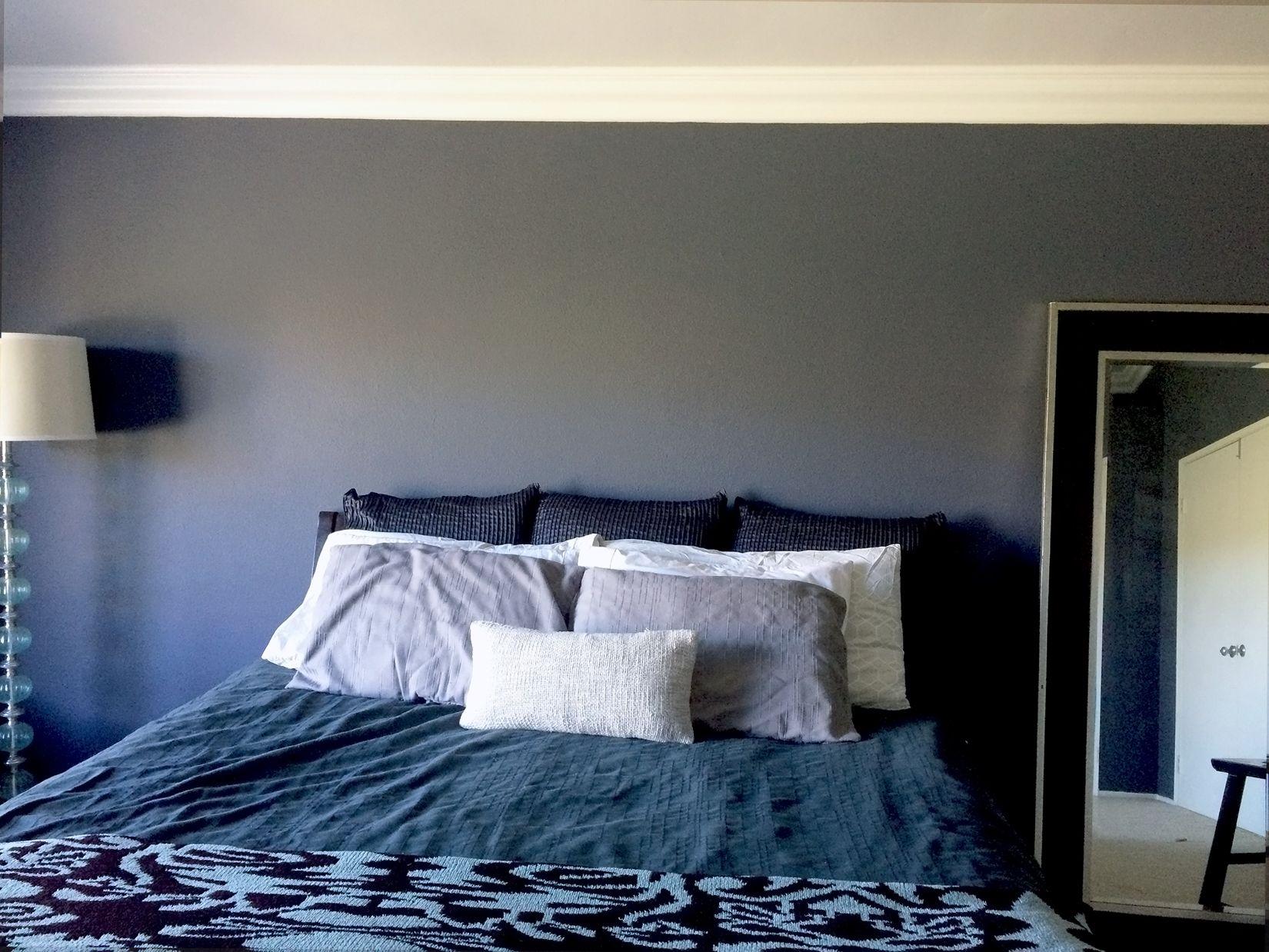 Bedroom Starless night color