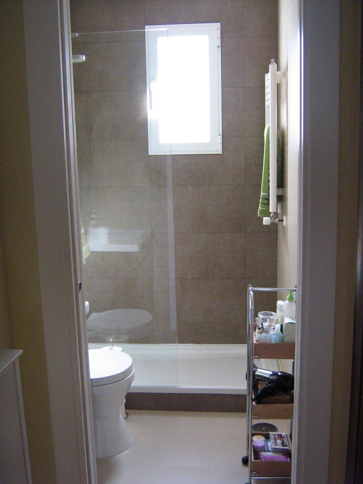 aprende diseño de baños pequeños con ducha. se un baño amplio o de