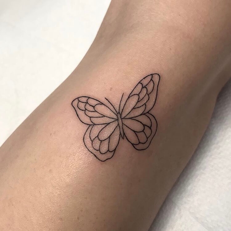 27 Simple Butterfly Small Tattoo Designs In 2020 Simple Butterfly Tattoo Simple Tattoo Designs Butterfly Tattoo Designs