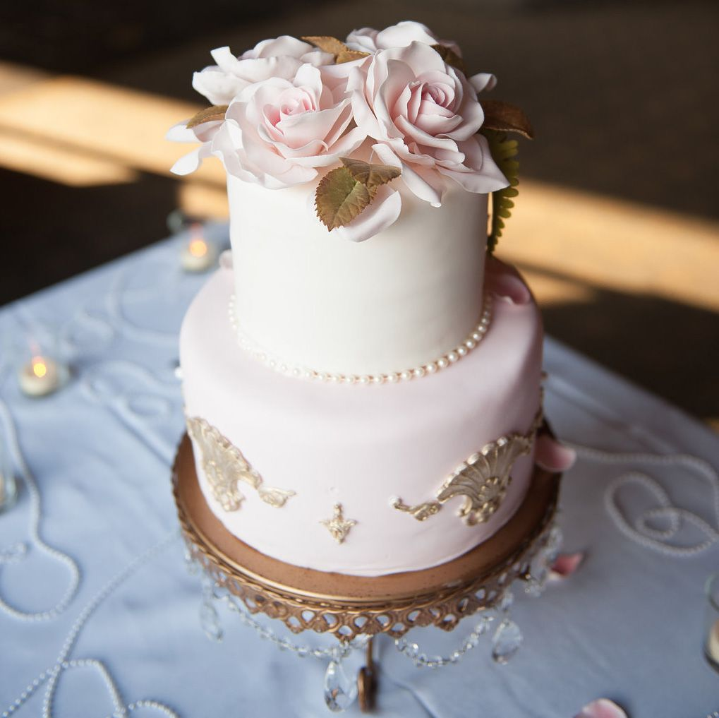 17 small wedding cakes with seriously stunning style three tier 17 small wedding cakes with seriously stunning style junglespirit Images