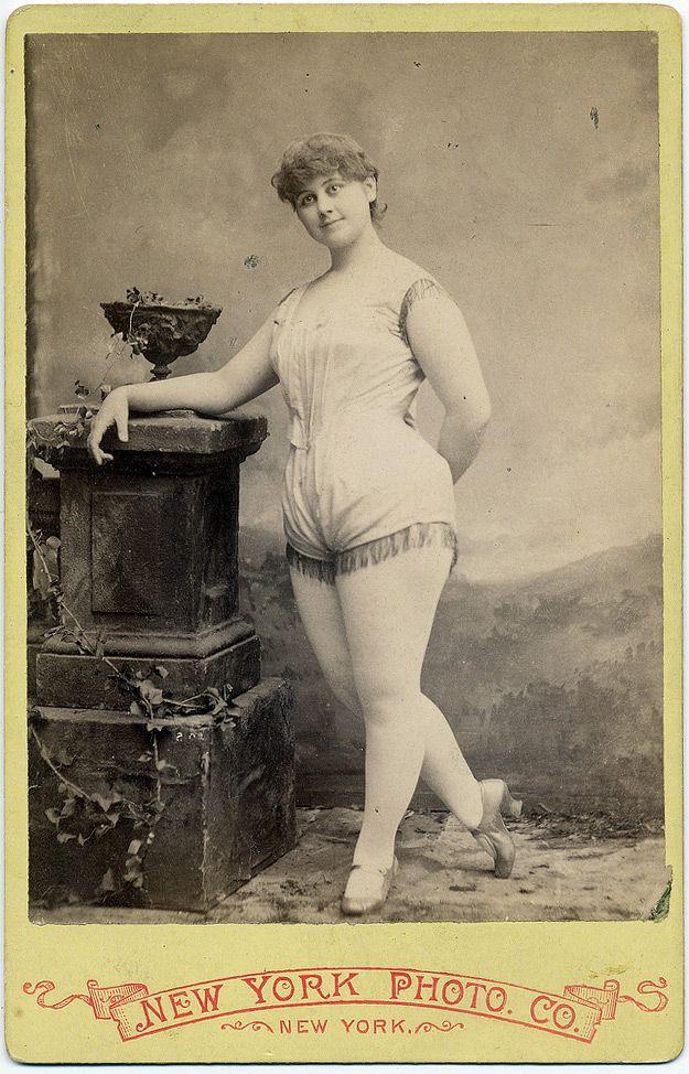 Clara Davenport, Burlesque, Exotic Dancers del XIX secolo #exotic #dancer …