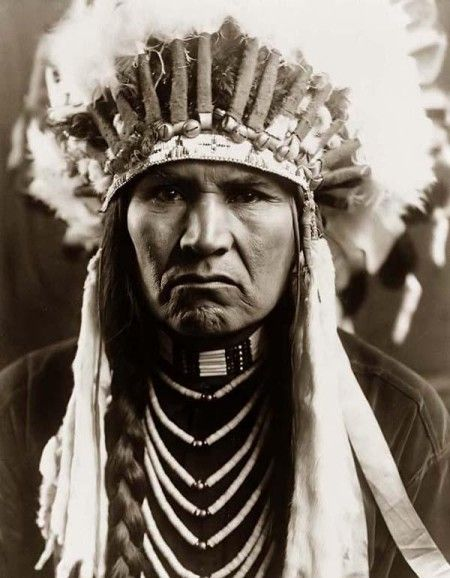 Indian Days Of The Long Ago Photography By Edward S Curtis