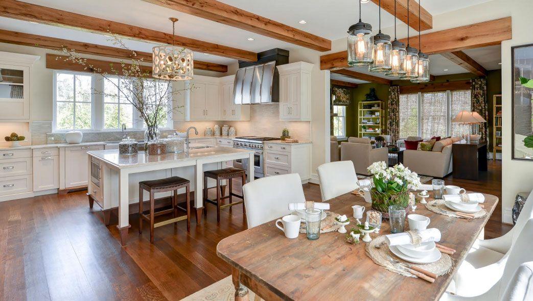 Elegant Old American Farmhouse Style Mansion Modern