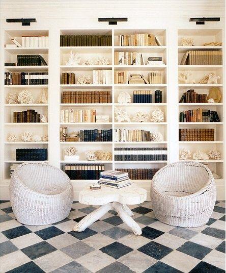 37 Home Library Design Ideas With A Jay Dropping Visual: Decorar Con Libros, Estanterías Estrechas Y Blancas