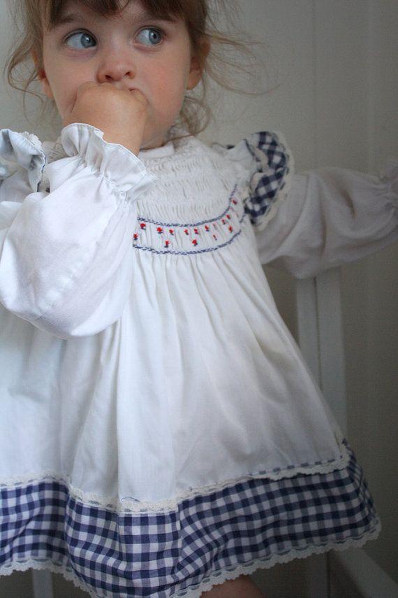 Vintage Polly Flinders, reminds me of the dresses Linz & I would wear!