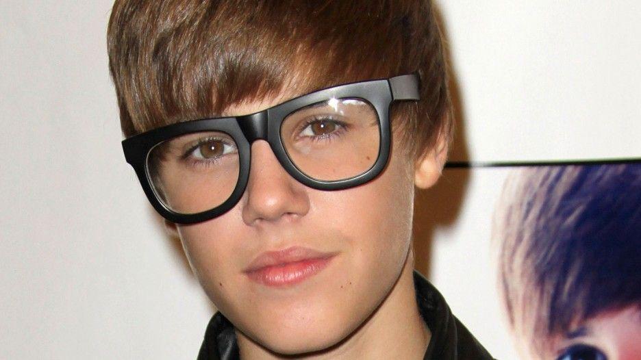Justin Bieber: Justin Bieber Cute Smile