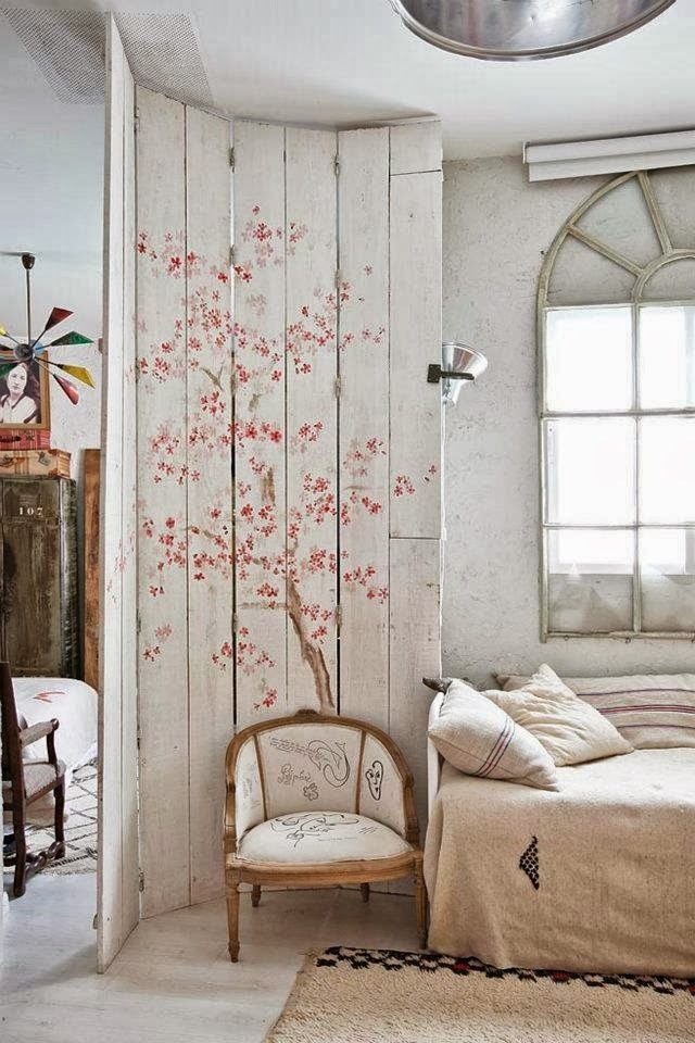 In love with this room divider!