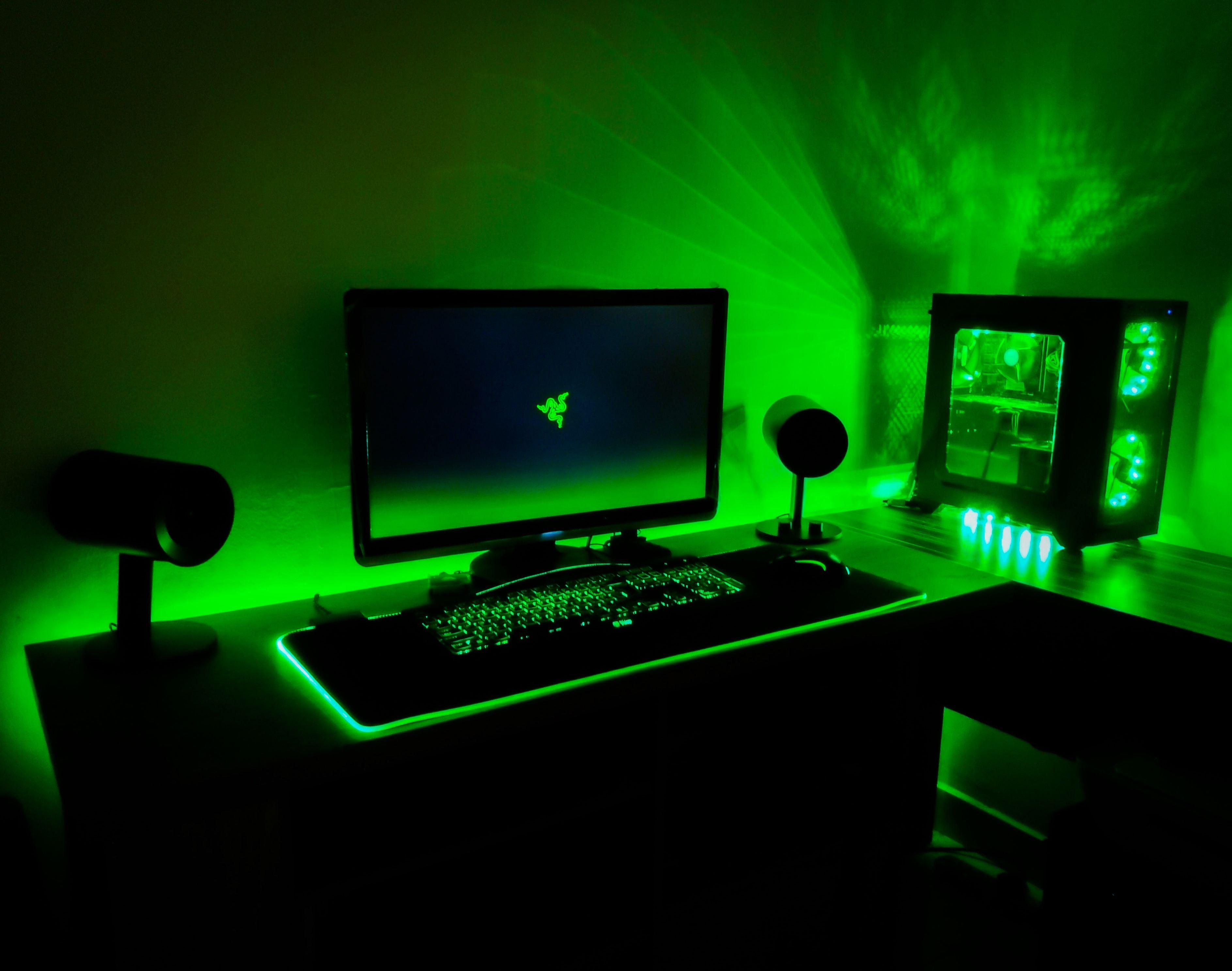 Budget Gaming Razer Desk Setup Gaming Room Setup Cheap Gaming Setup Video Game Rooms