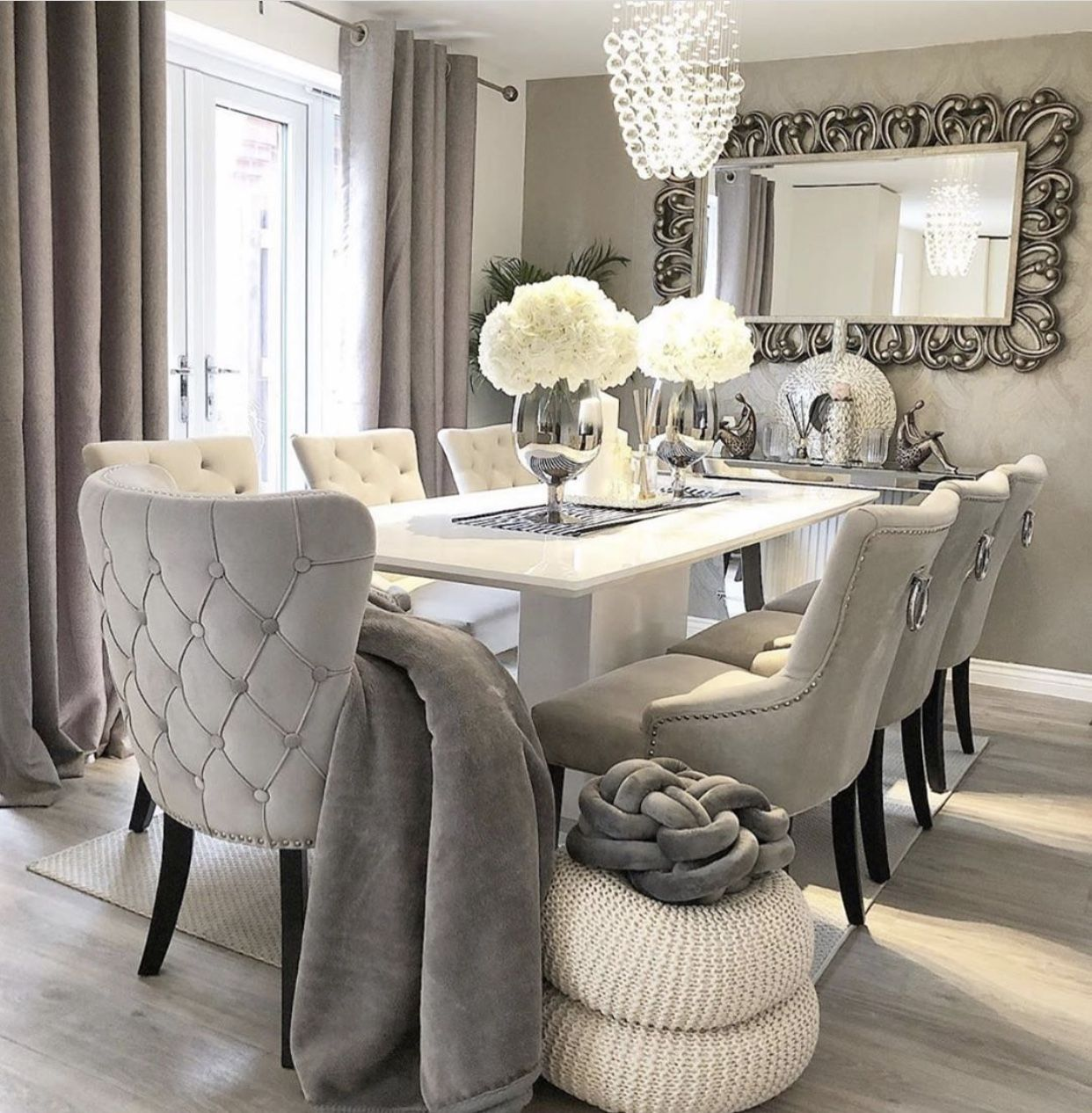 20 Gorgeous Farmhouse Dining Room Inspirations - Chaylor & Mads