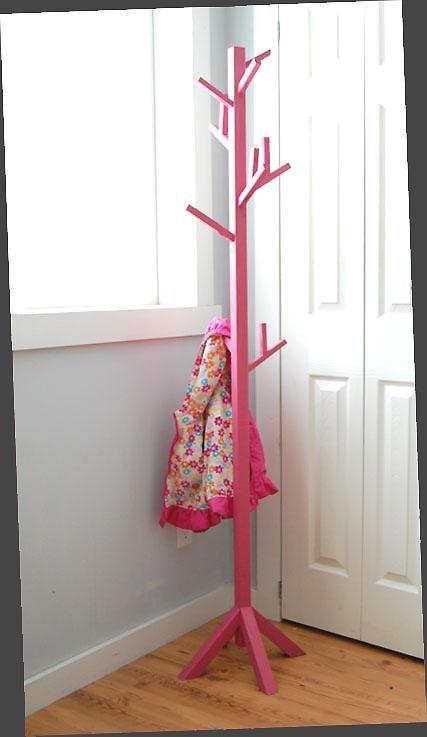 Homecraft Furniture Home Craft 8 Hooks Kid's Coat Rack in
