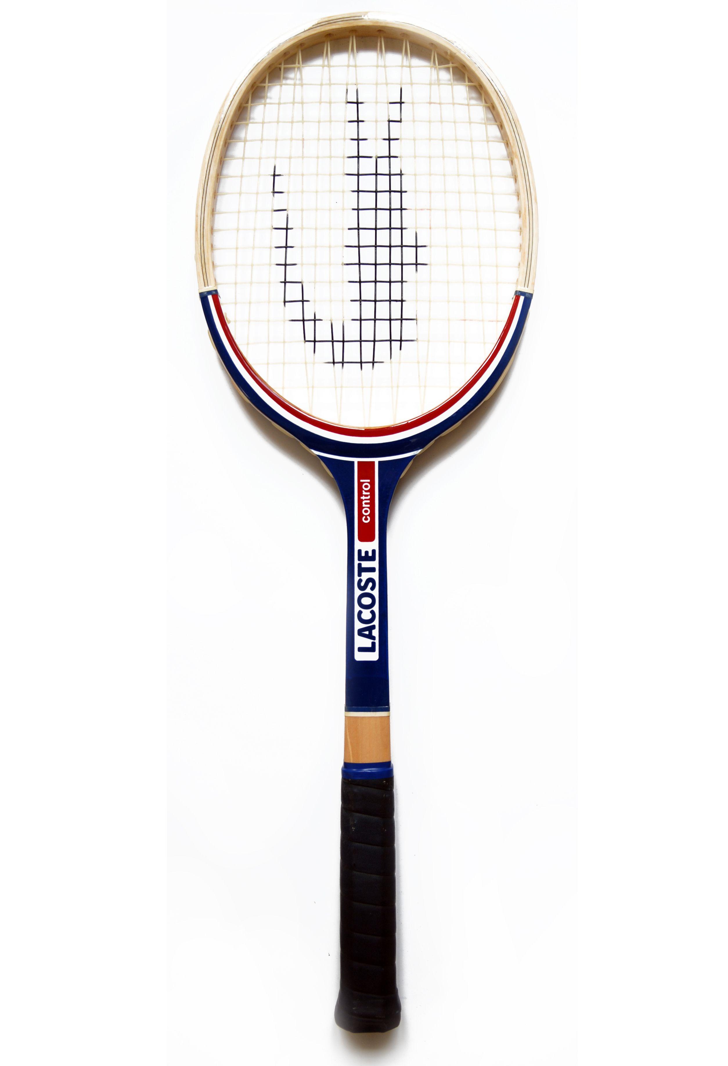 A #crocodile on a #tennis racket