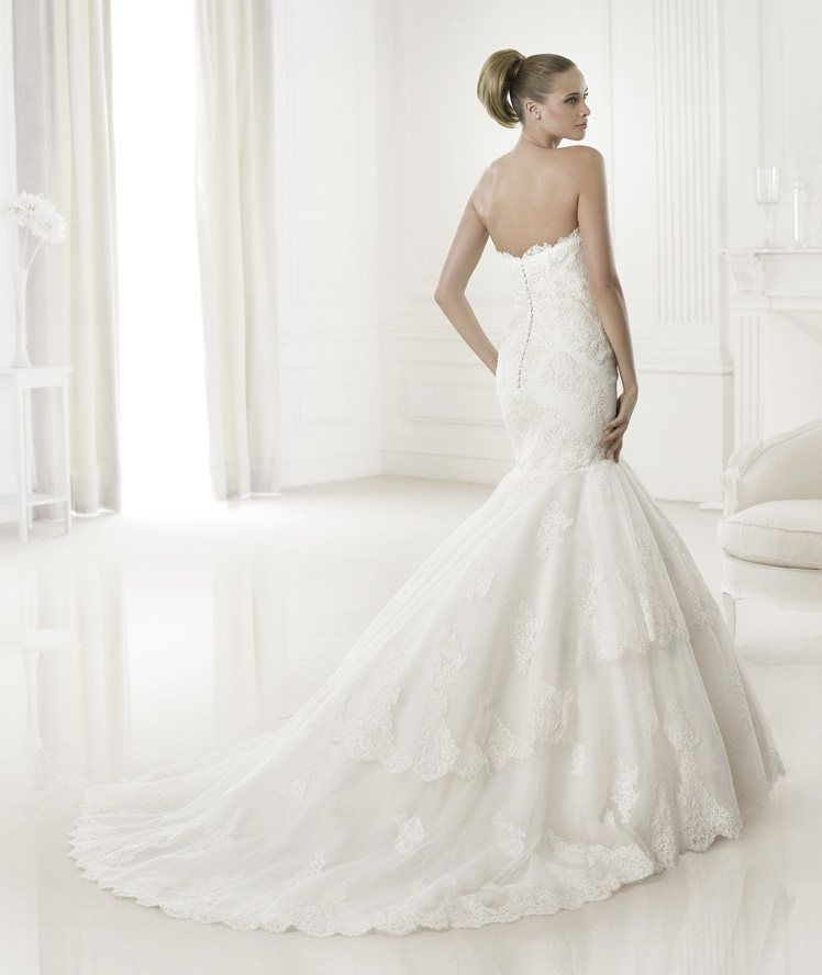Pronovias lace up wedding dress
