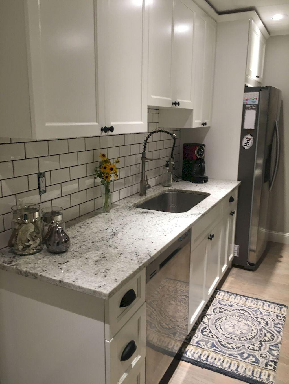 80 Beautiful Gray Kitchen Cabinet Design Ideas #graykitchencabinets