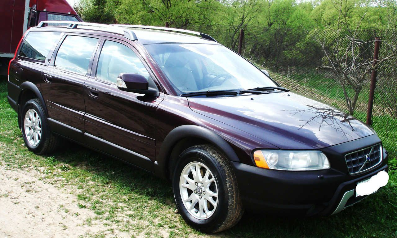 2006 Volvo Xc70 Pictures 2 5l Gasoline Automatic For Sale Volvo Volvo Xc Sports Wagon