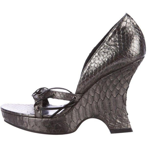 Pre-owned - Python sandals Dior 6Lrk1