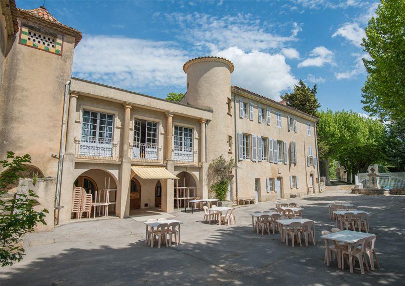 Centre de vacances de grambois campagne provence alpes - Piscine plein air aix en provence ...