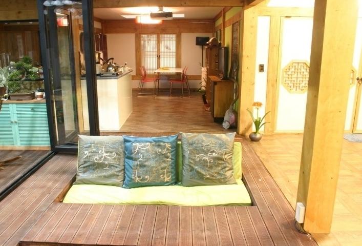 the korean hanok 한옥cushions in a living room area