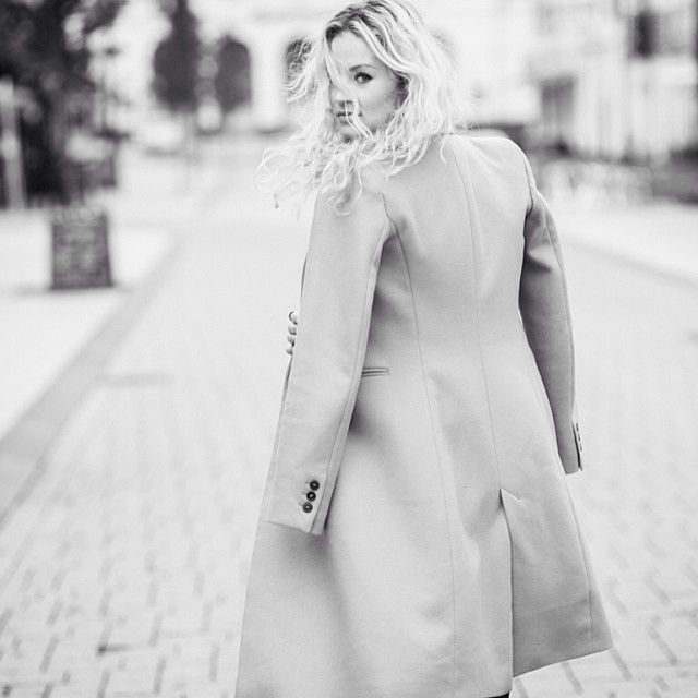 Follow @anoukyve on instagram   Today: the camel coat, more on the blog #ootd