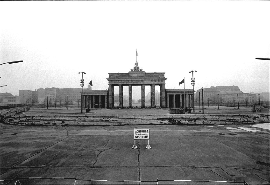 Brandenburg Gate Before The Wall Berlin Wall Brandenburg Gate City Of Shadows