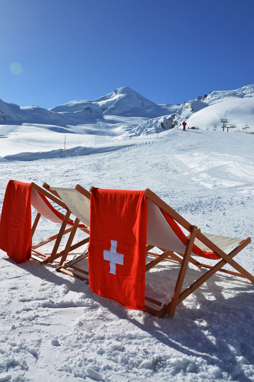 Sonne Tanken Saas-fee Zwitzerland. Switzerland