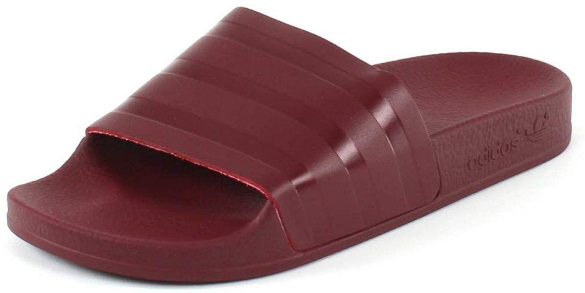 adidas Herren Adilette Pantoffeln Rot Collegiate Burgundy