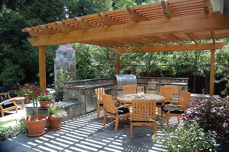 Incroyable Redwood Arbor Over A Flagstone Patio With Outdoor Kitchen In Menlo Park  94028