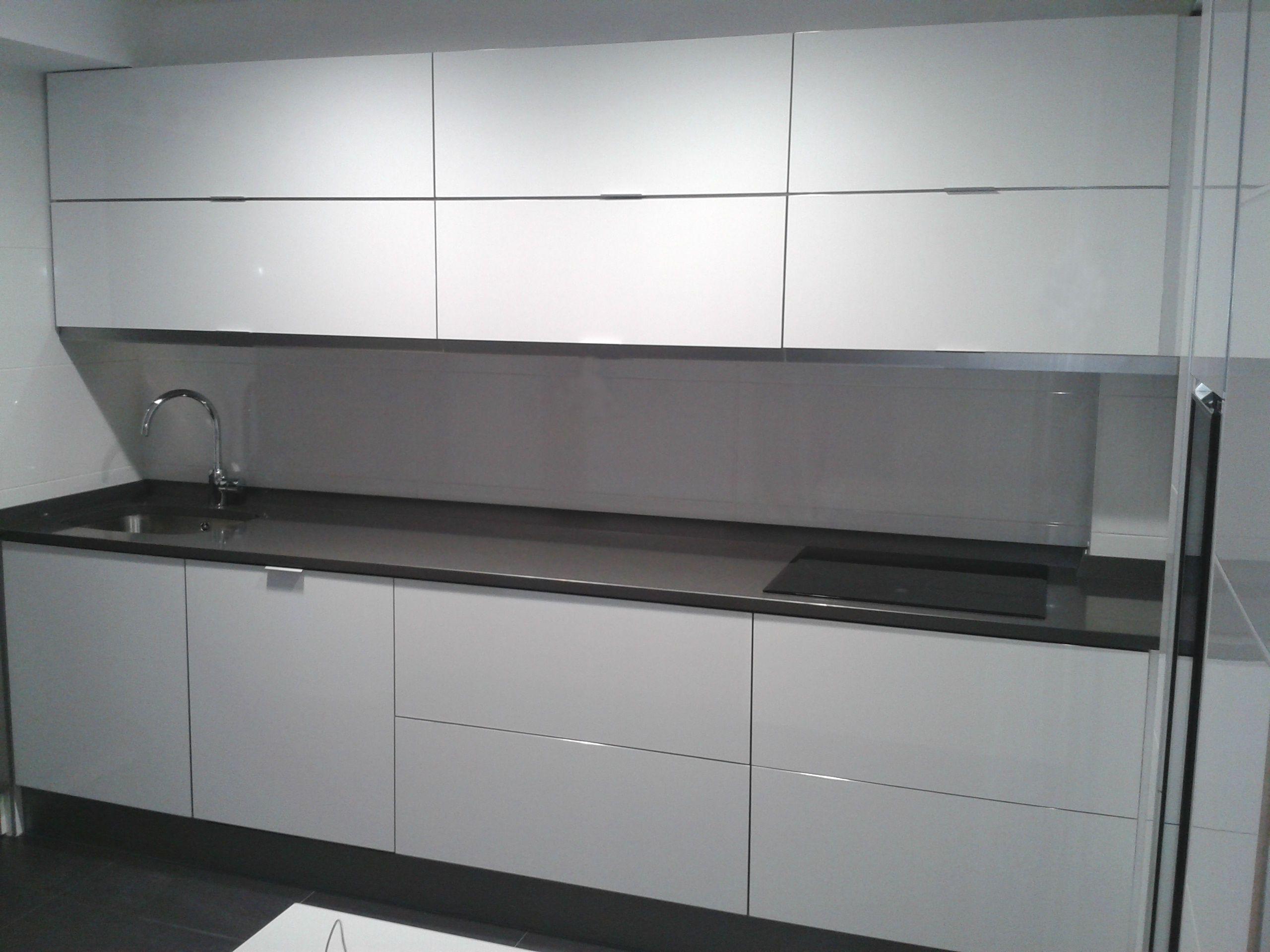 Cocina modelo ar blanco alto brillo perez vera - Modelos muebles de cocina ...