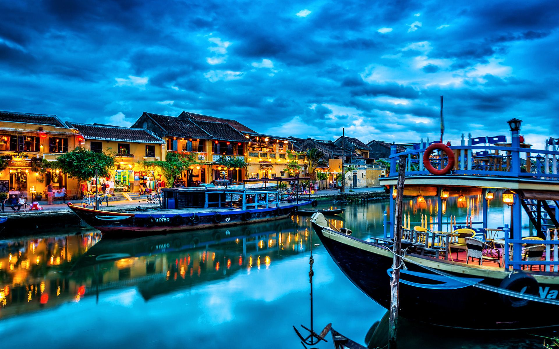 Hoi An Ancient Town - UNESCO World Heritage Centre ...