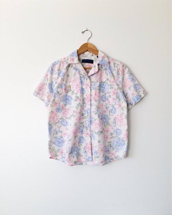 5af1f027 Vintage 80s Blouse: Floral, Pastel, hipster, button up in 2019 ...