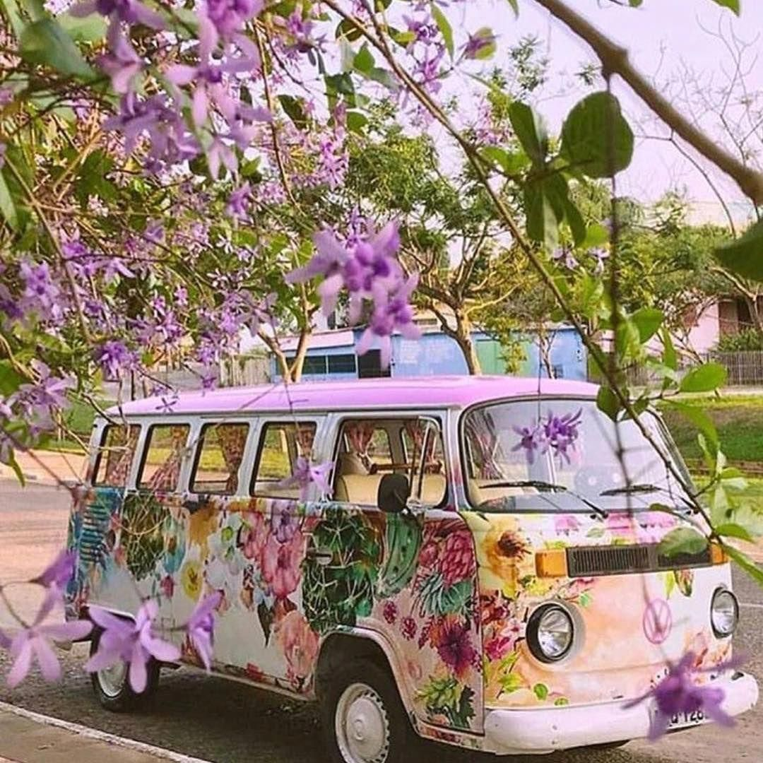 Pretty Sure I Need This Is My Life Pack Up All The Kiddos And Ride In Style Freespirit Hippieatheart Flowerchild Volkswage Hippie Van Cute Cars Van