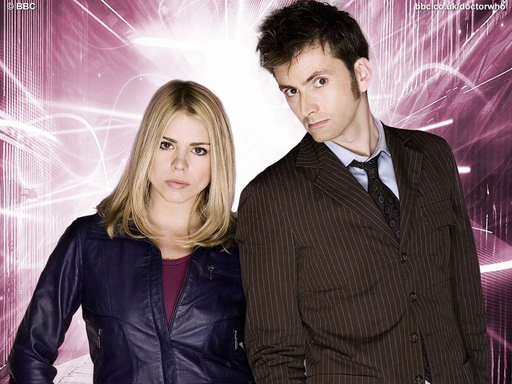 Doctor Who Rose Tyler & The Doctor 9th or 10th & Rose