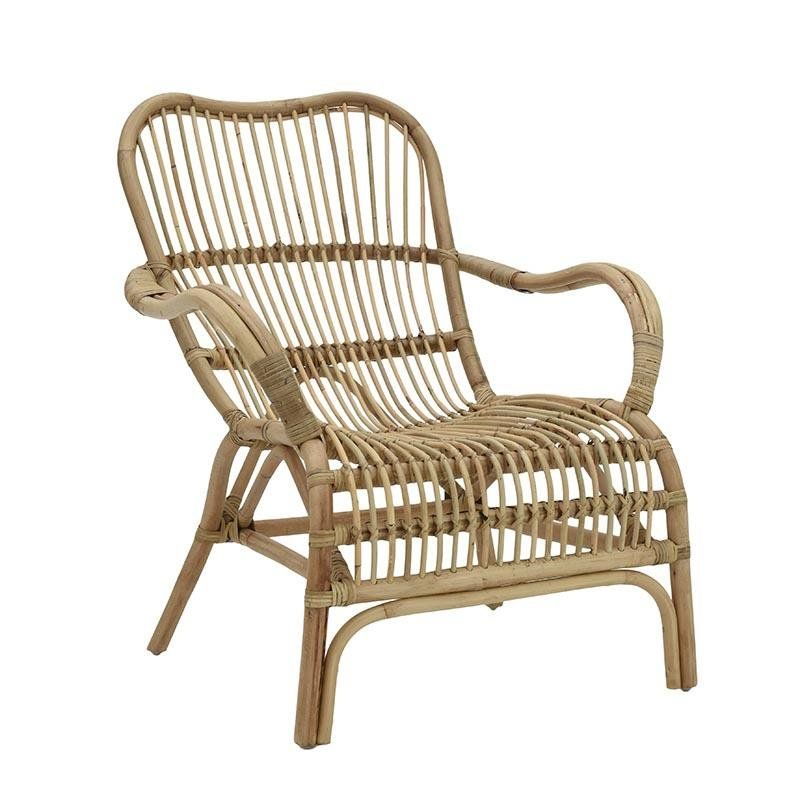 Decorating Wonderful Suncoast Patio Furniture For Comfy: Rattan Lounge Chair. With Its Airy And Comfortable Design