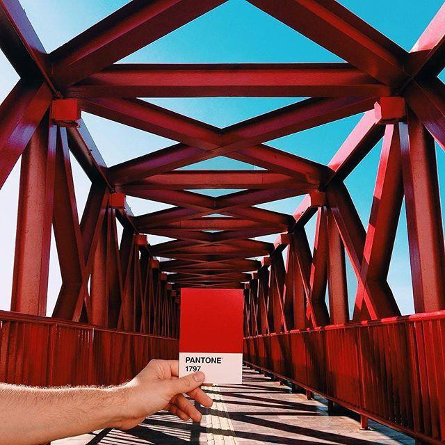 Do you see life in Pantone colors? Colorful bridge photo via @victorwagnerr #Pantone