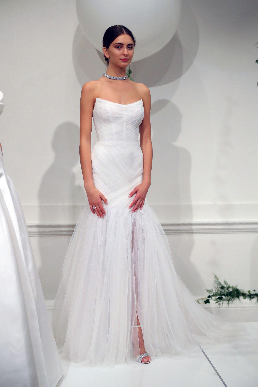 Mermaid dress wedding  The Prettiest Mermaid Wedding Dresses from Bridal Fashion Week