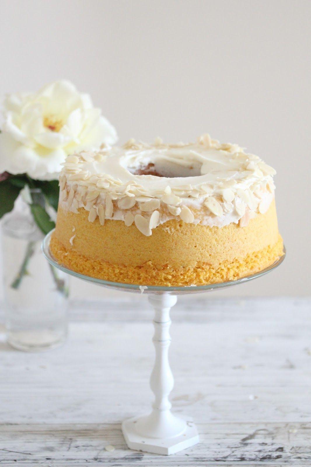 Photo of La carrot cake o torta di carote è un dolce buonissimo, umido e