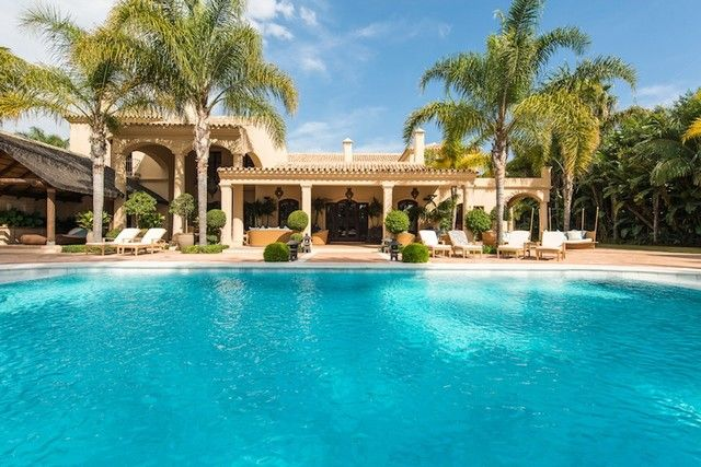 Villa for Sale in Los Monteros Playa, Marbella, Costa del Sol