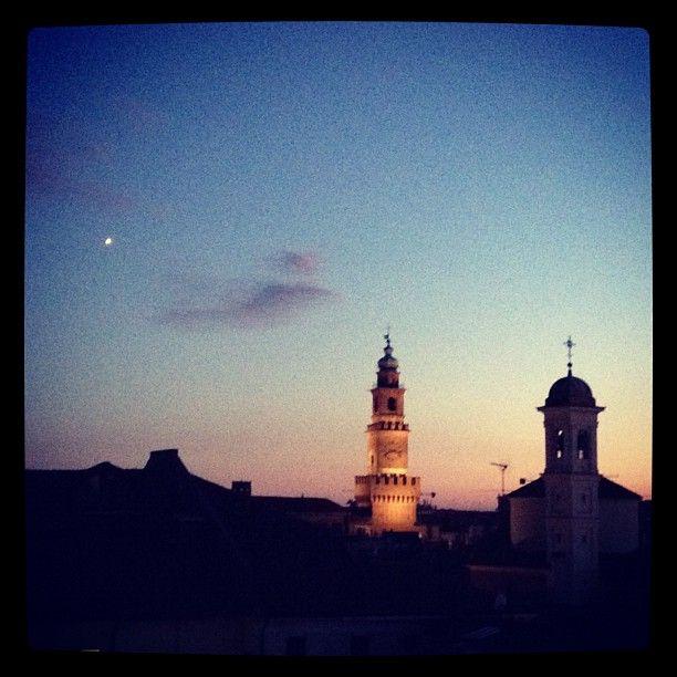 #vigevano #bramante #tower #sunset - @molipier | Webstagram