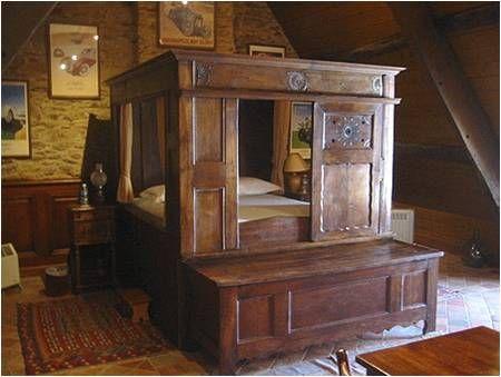 lits clos ecran s parateur d 39 espace pinterest lit clos lits et bretagne. Black Bedroom Furniture Sets. Home Design Ideas