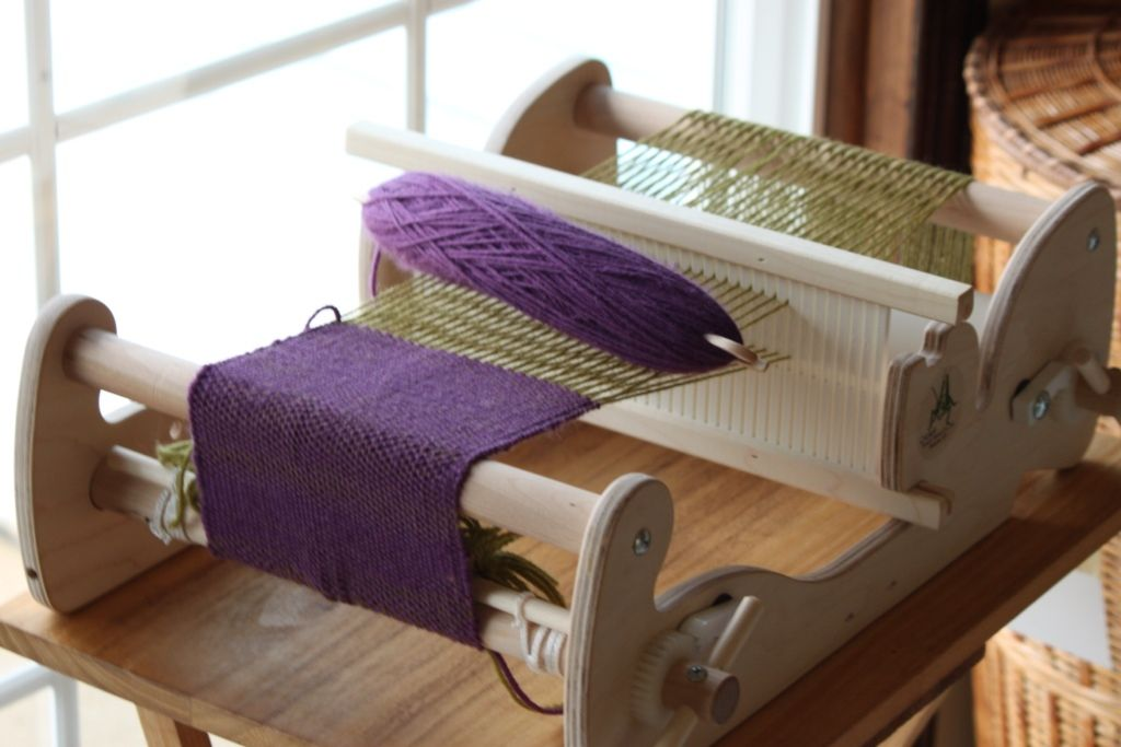 Schacht Cricket Loom | Knitting/Crocheting | Loom weaving