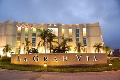 Centro comercial la gran v a el salvador shopping malls for Gran via el salvador