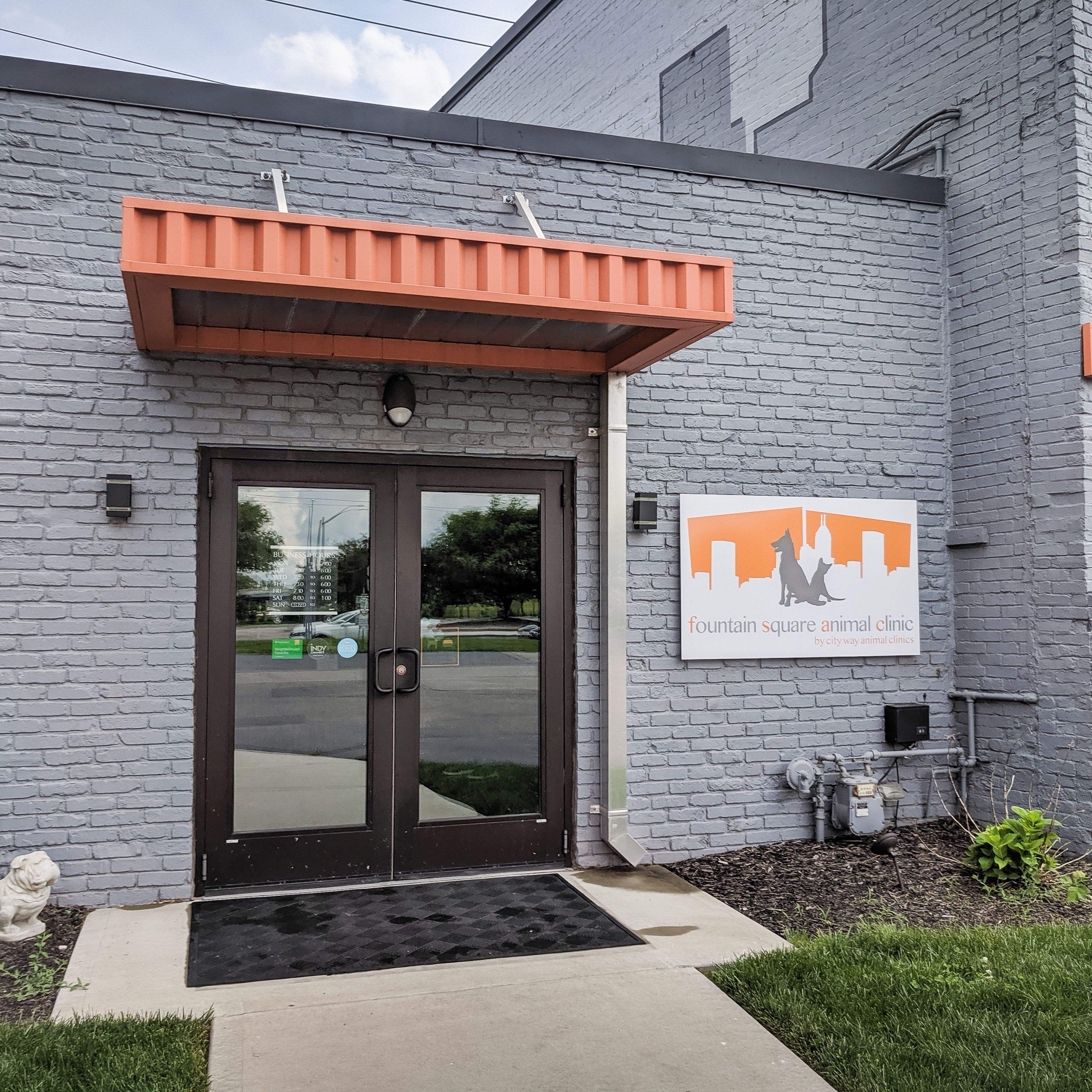 Indianapolis, IN Veterinary Clinic Pet clinic, Fountain