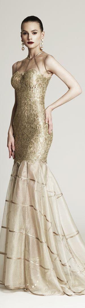 Gold gold gold... #gold #kleid #lang #abendkleid #eleganz | Gold ...
