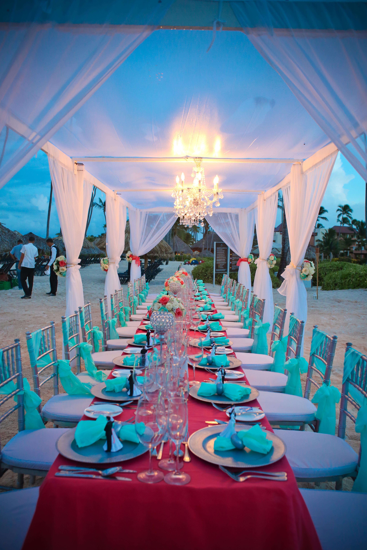 The Perfect Beach Setup For A Wedding Dinner Under The Stars Now Larimar Punta Cana Now Larimar Destination Wedding